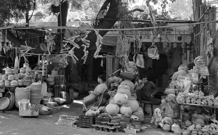 Enumerating street vendors